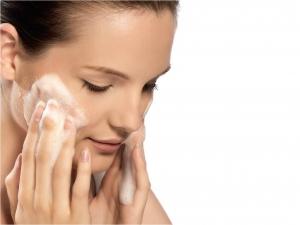 Como Limpar a Pele